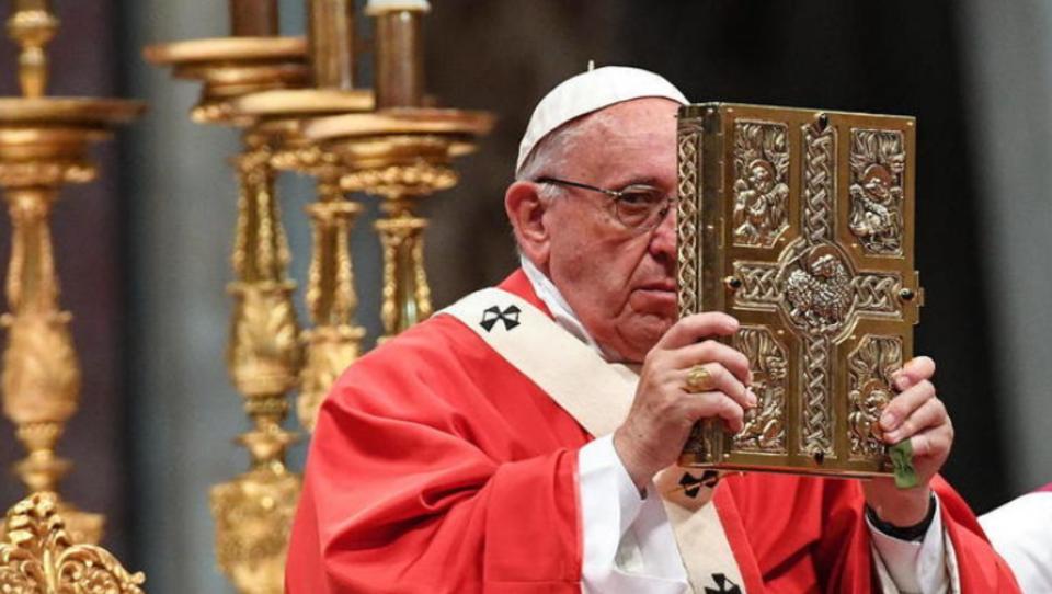 Papst Franziskus unterstützt Lockdowns, universelles Grundeinkommen und die Agenda des Weltwirtschaftsforums