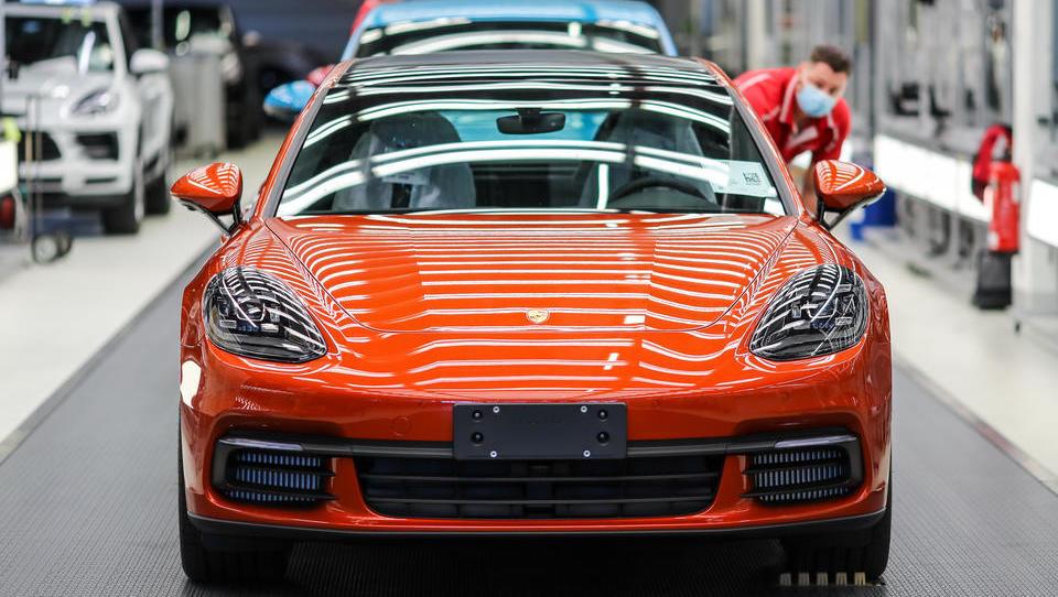 Porsche holt bei Verkaufszahlen Rückstand zum Vorjahr auf