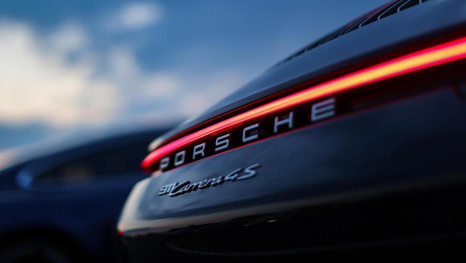 Porsche fährt der Konkurrenz mit zweistelliger Rendite davon