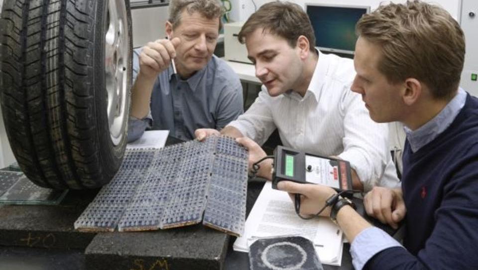 E-Autos: Deutsche Straßen könnten zu Solar-Speichern werden