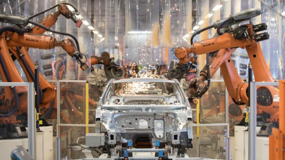 Zahl der Industrieroboter wächst weiter rasant