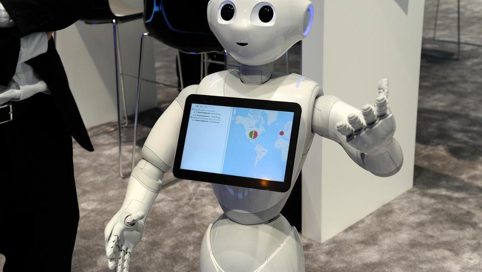 Künstlich intelligenter Roboter liefert Postsendungen aus