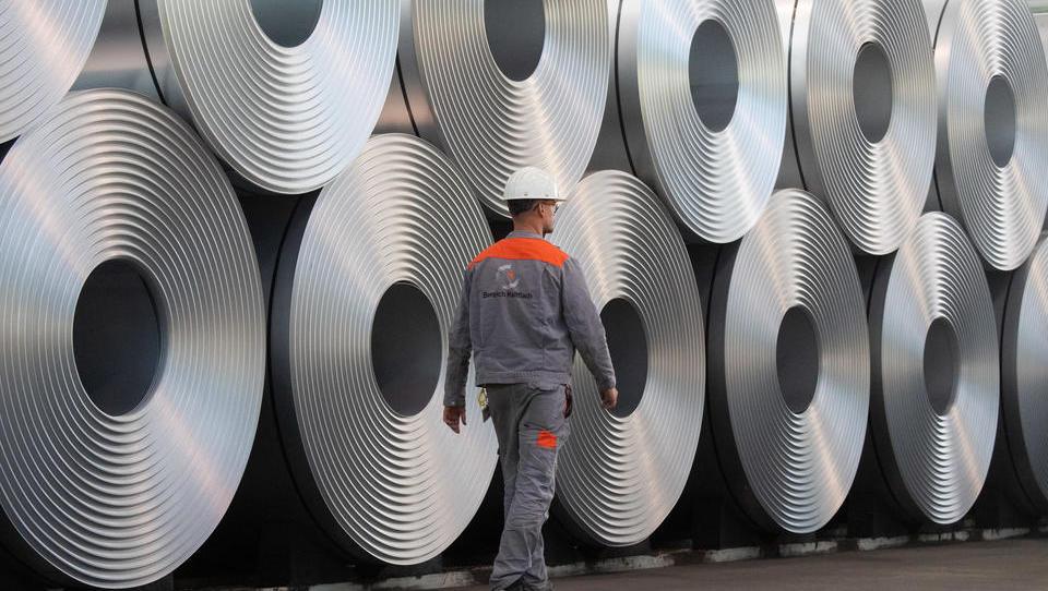 Stahlkonzern Salzgitter schreibt weiter Verluste