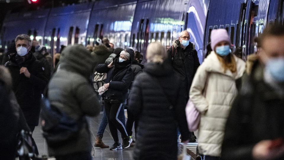 Schweden führt verbindliche Regeln für Geschäfte und Sportanlagen ein