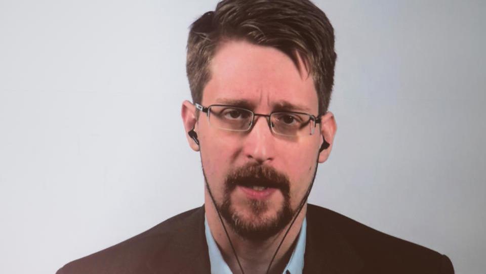 Edward Snowden: Die Lockdowns machen Geheimdienste und Konzerne noch mächtiger
