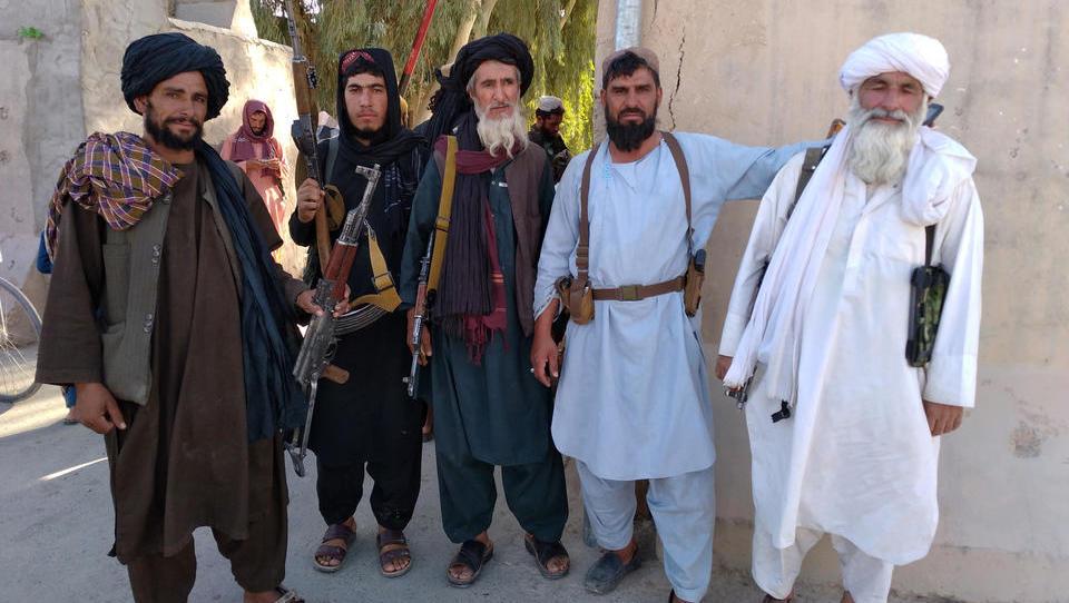 Taliban erobern strategisch wichtige Stadt, dringen weiter in Richtung Kabul vor