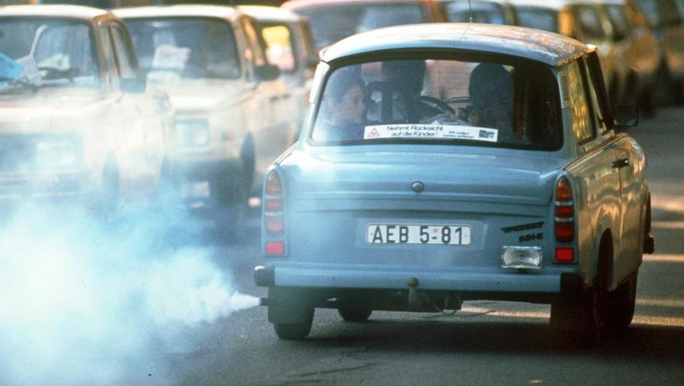 Reine Planwirtschaft: EU-Bürokraten zwingen Autobauer zur Produktion von mehr E-Autos