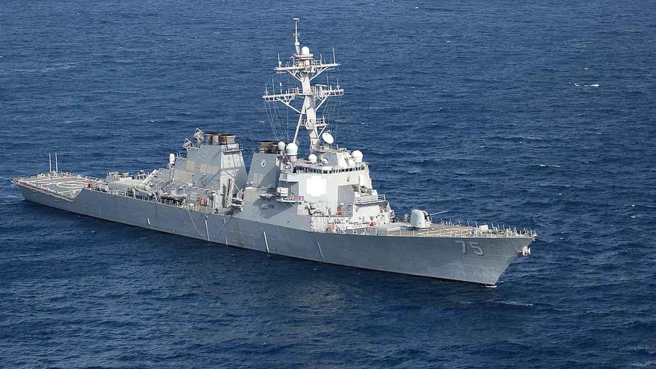 Russische Marine beobachtet US-Zerstörer im Schwarzen Meer