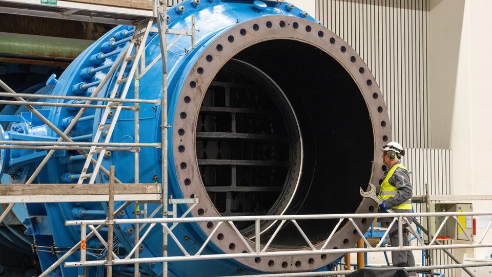 Finnen übernehmen Mehrheit am deutschen Energiekonzern Uniper
