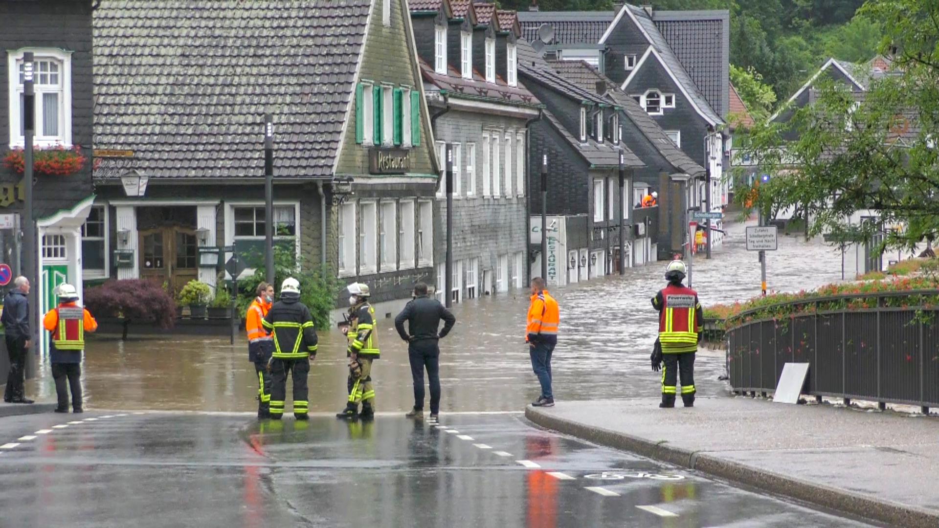 Mehrere Tote bei Unwettern, Häuser in der Eifel eingestürzt