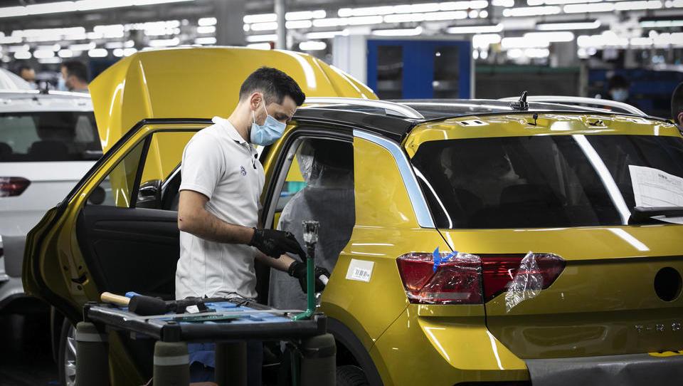 Absatz von Volkswagen bricht im Mai um ein Drittel ein
