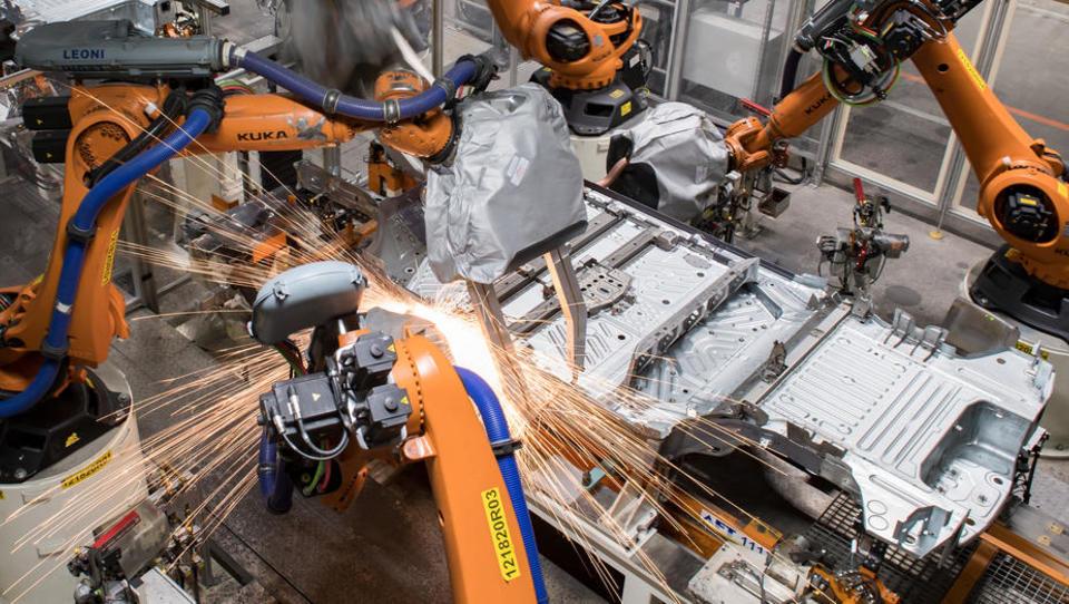 Rekord: Noch nie haben Industrieunternehmen weltweit so viele Roboter eingesetzt - Deutschland Weltspitze