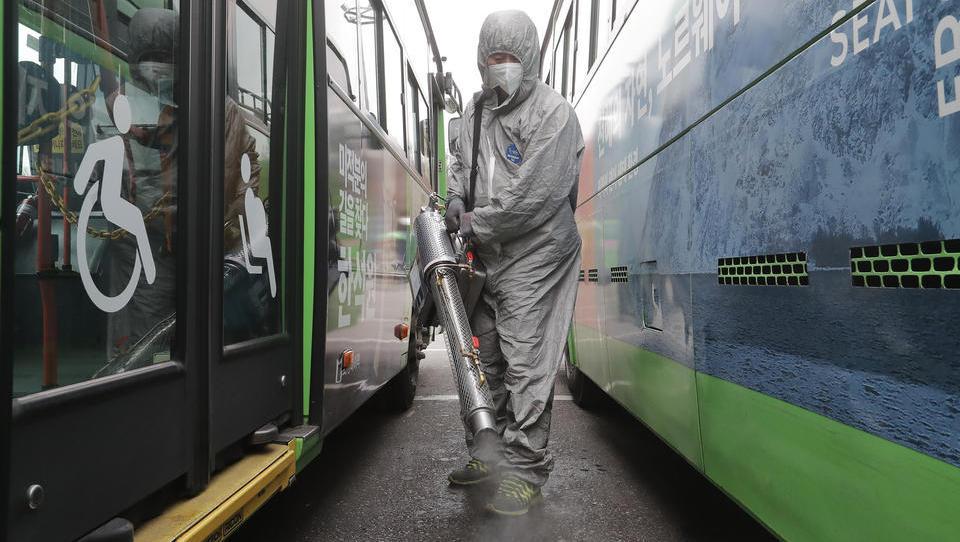 Virus-Krise erfasst immer mehr Unternehmen - eine Übersicht