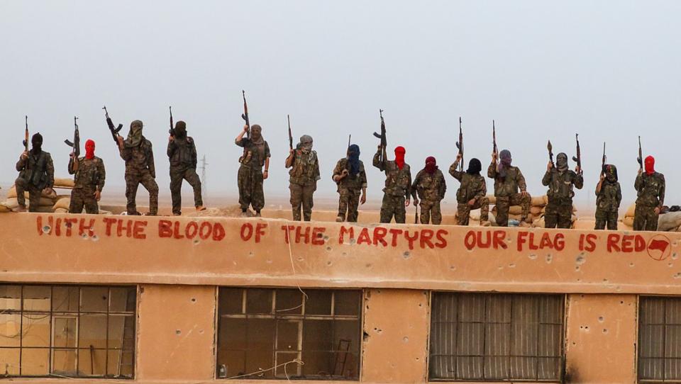 Antifa-Mitglieder aus Deutschland erhalten militärische Ausbildung in Syrien