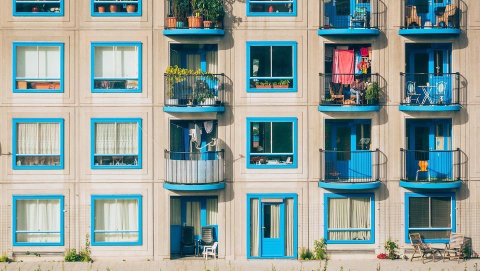 Geteilte Maklerprovision: Neues Gesetz entlastet Immobilienkäufer