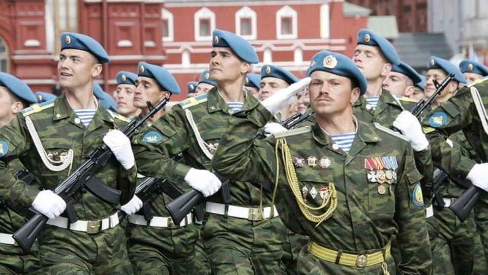 Antwort auf US-geführtes Großmanöver: Russland und Serbien üben gemeinsam den Anti-Terror-Kampf