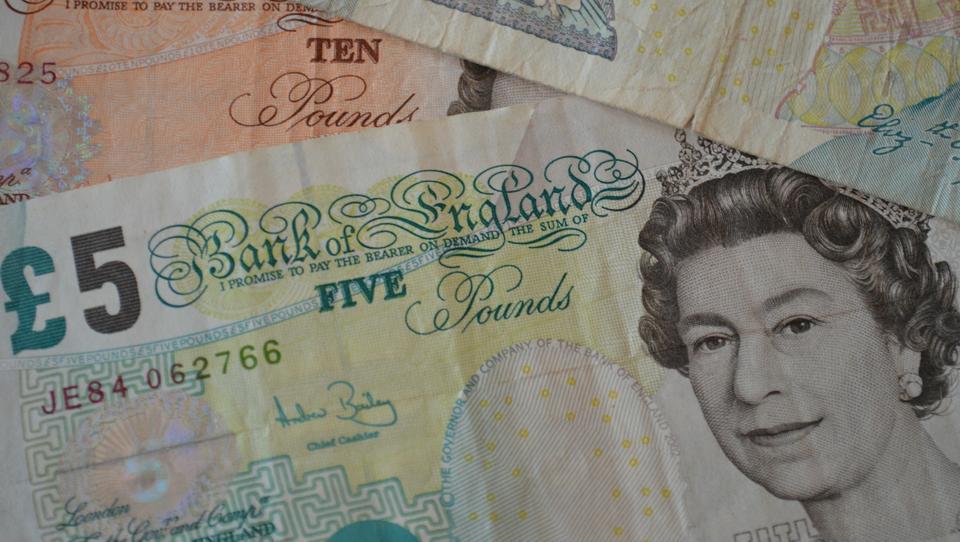 Konkurrenz zum Bargeld: Großbritannien forscht zum digitalen Pfund