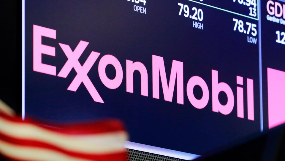 Ölriesen Exxon und Chevron schreiben tiefroteZahlen und müssen reagieren