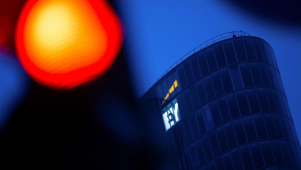 EY bemüht sich im Wirecard-Skandal um Schadensbegrenzung