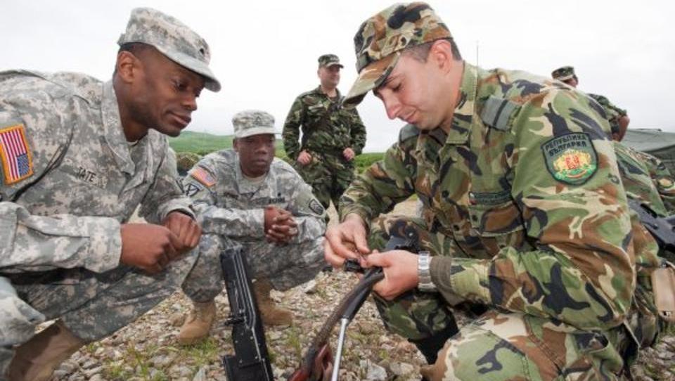 Auf Wunsch der Nato: Bulgarien erhöht Militär-Etat