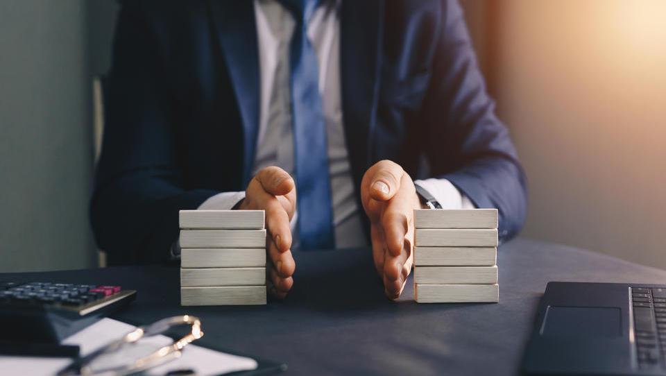 Reformdruck wächst: Müssen Erben das Loch in der Staatskasse stopfen?
