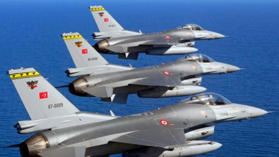 Türkei nützt Schwäche Griechenlands für Luftraum-Verletzungen