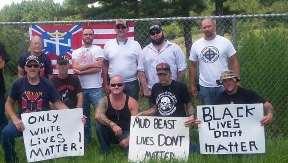 """Bericht: Warum """"White Lives Matter"""" rassistisch ist"""