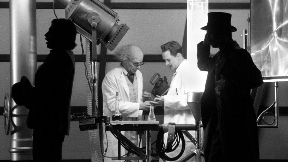 Mit Magie und Folter: So erforschte die CIA Methoden zur Gehirnwäsche