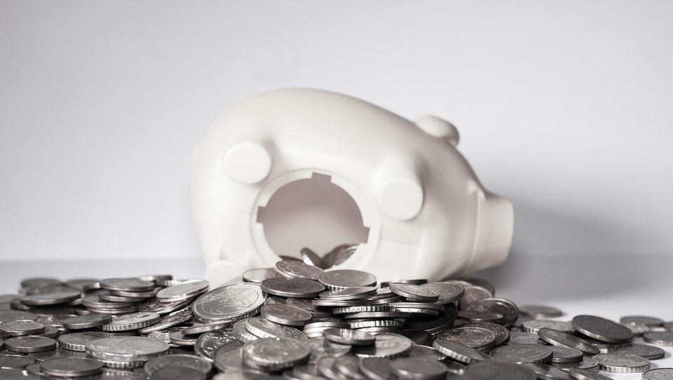 Wer spart, verliert Geld