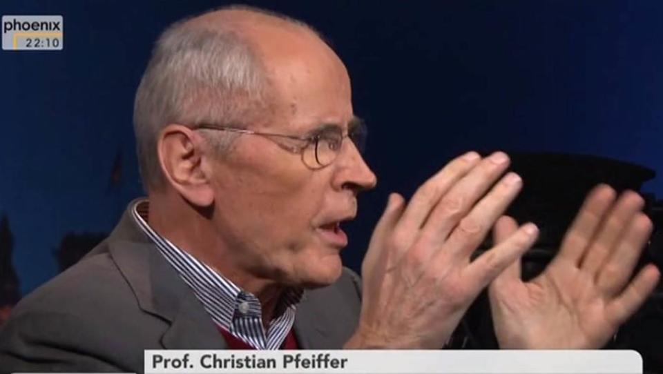 Köln: Experte berichtet von Zensur-Versuchen vor TV-Interviews