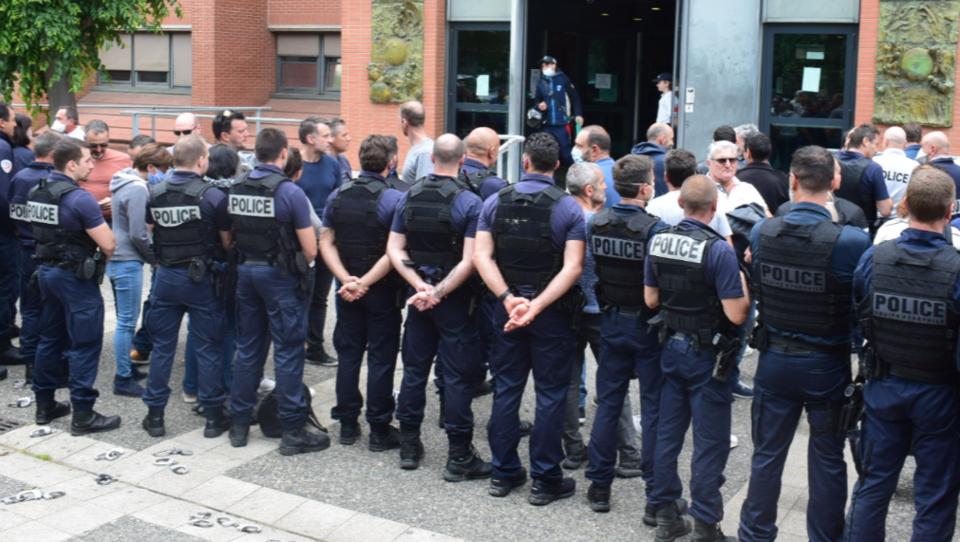Wegen Rassismus-Vorwurf: Jetzt geht in Frankreich die Polizei auf die Barrikaden