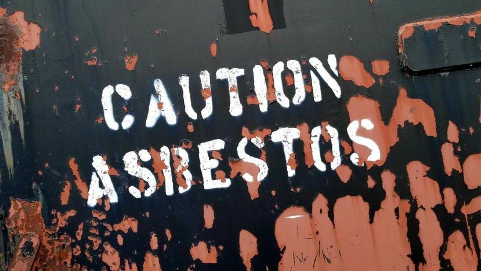 Zahlreiche Asbest-Tote nach Sanierungswelle befürchtet