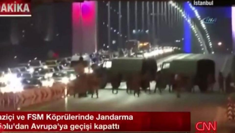 Putsch Türkei: Militär verhängt Kriegsrecht