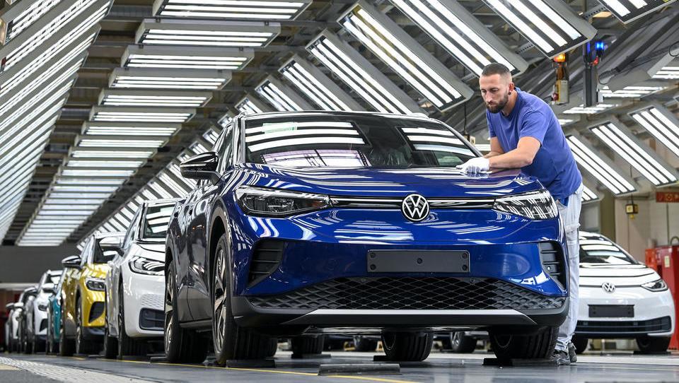 Plötzlich Personalmangel: Volkswagen stellt neue Zeitarbeiter ein